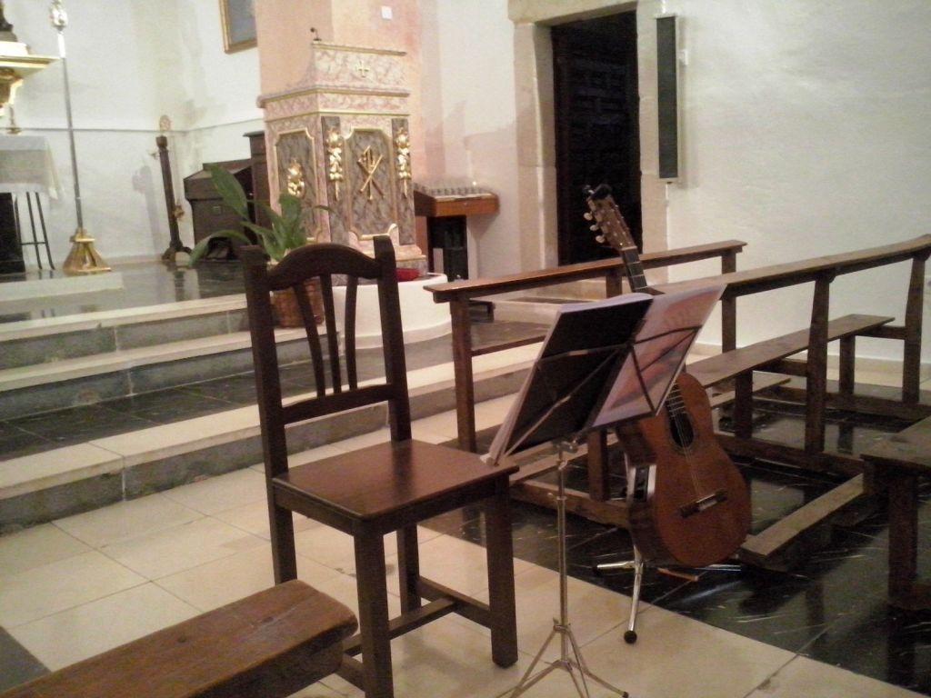 22 de agosto concierto en l iglesia de Helves