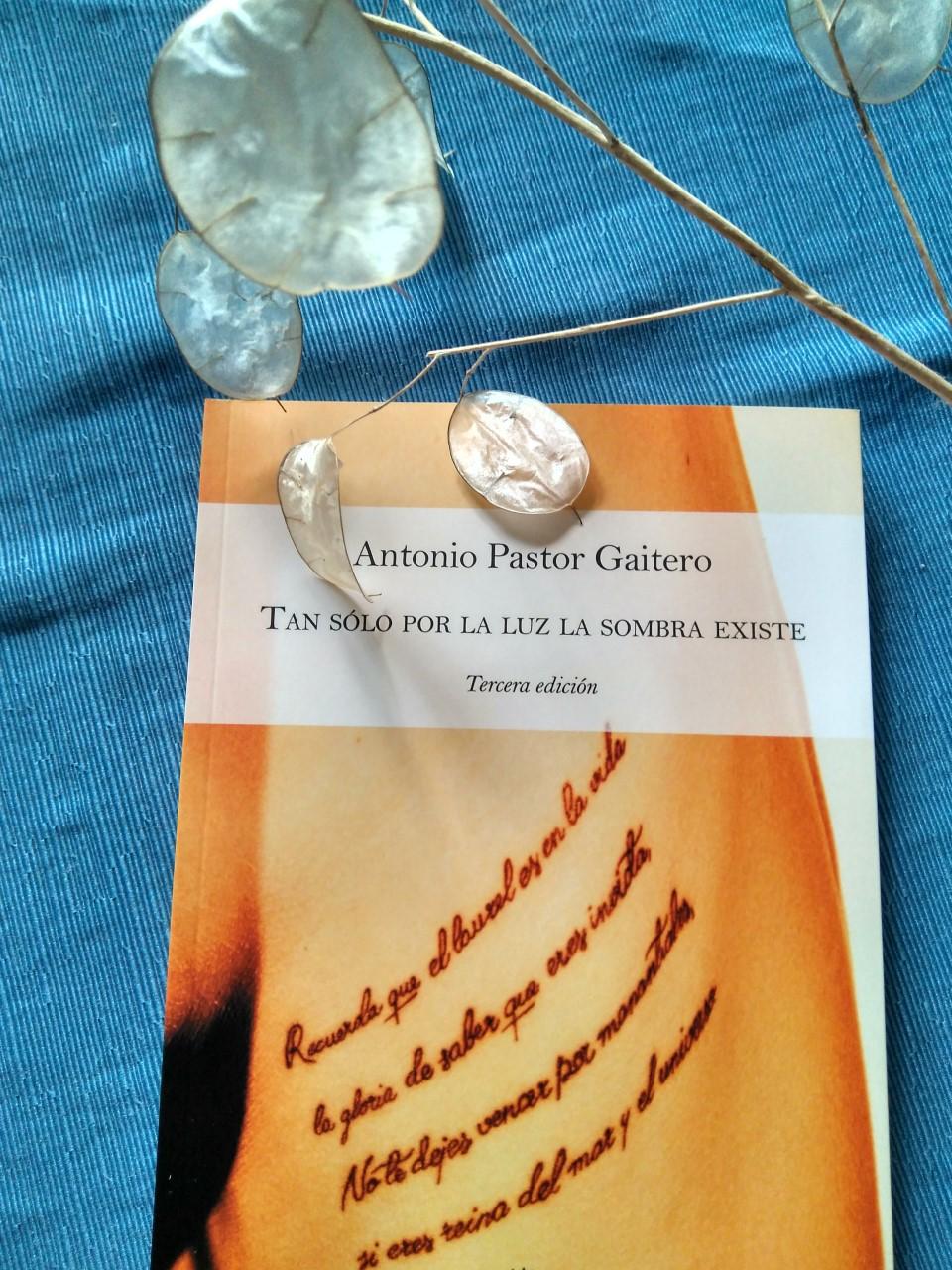 Tercera edición- Tan sólo por la luz
