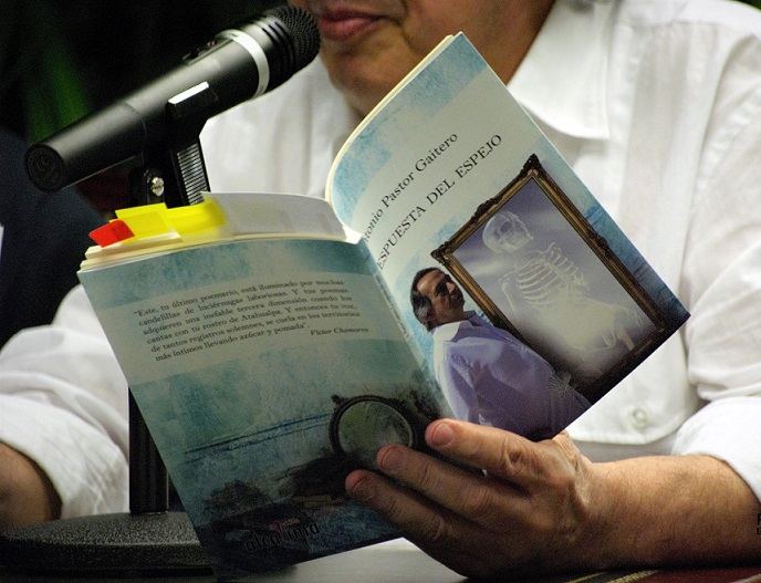 Antonio en la presentación del 7 de marzo-6